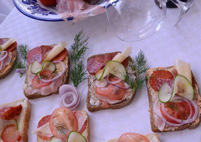 Méteres Ételbár és Söröző - Saláta, hidegtál, szendvics házhoz szállítás (2)